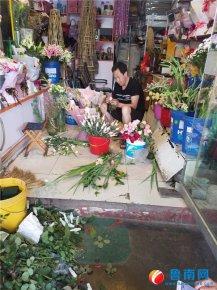 高考最后一天 鲜花店生意火了
