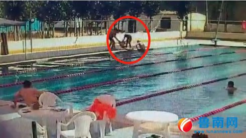 平邑16岁少年溺水,俩小伙英勇救人