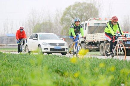 临沂残疾人自行车队――百折不挠梦之队