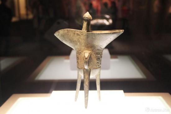 兽面纹铜爵  1350年  湖南省博物馆藏