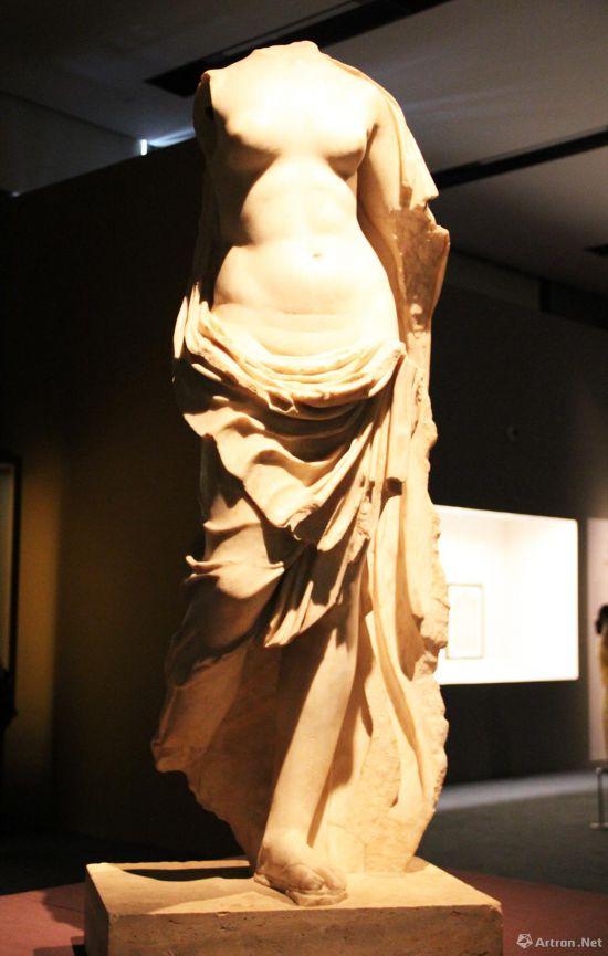 阿弗洛狄忒  公元1世纪-公元2世纪 高129cm   意大利罗马蒙特马尔蒂尼中心博物馆