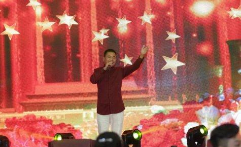 连续三年参与新年圆梦 歌手苗雨今年认领7号孩子心愿