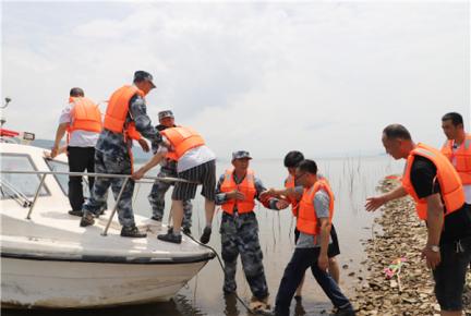 临沂市岸堤水库举行防汛抢险应急演练