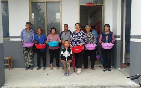 铜石镇:贫困户家庭环境改善,助力城乡环境整