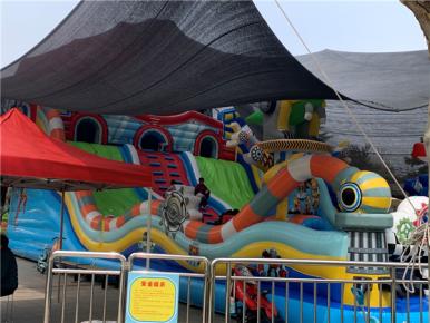 枣庄充气城堡被吹翻致女童身亡 儿童游乐设施安全警钟再次被