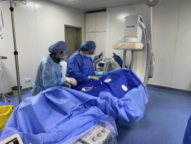 赞!山东医专一附院顺利为7旬老人植入左束支双腔起搏器!